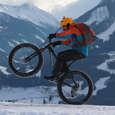Tips & Tricks: How to dress for cycling in winter
